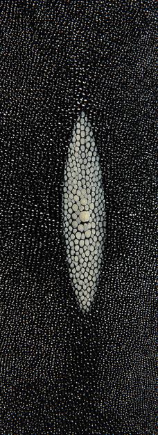 Cuir-detail-brut-jeannechavany